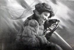 Dorothy Levitt, la primera mujer que ganó una carrera de coches