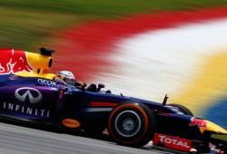 Vettel conquista la pole en un húmedo Sepang