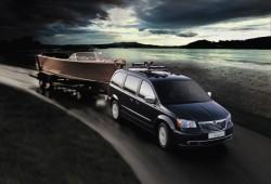 Más potencia y equipamiento para el Lancia Voyager