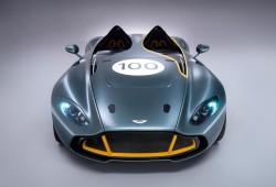 Aston Martin CC100 Speedster, biplaza con sabor a las carreras más clásicas