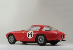 Un Ferrari conducido por tres campeones del mundo de F1 por 10 millones de euros