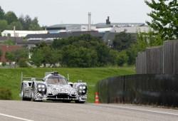 El Porsche LMP1 empieza su rodaje en Weissach camuflado