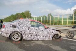 Un prototipo del BMW Serie 2 se estrella y obliga a cerrar una Autobahn