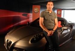 Marc Gené nos explica las virtudes del Alfa Romeo 4C