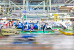 Toyota mostrará en Twitter cómo se fabrica un Auris paso a paso