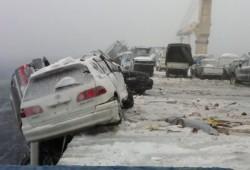 Barco pierde 52 coches en alta mar