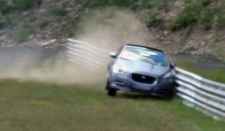 El Ring Taxi de Jaguar se accidenta en Nurburgring
