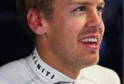 Vettel mete miedo en los segundos libres