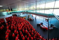 El Paddock de la Fórmula 1 felicita al equipo de Woking