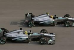 Mercedes quiere batir a Ferrari