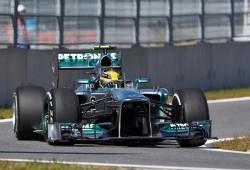 Hamilton toma el relevo de Vettel en los libres en Yeongam