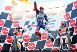 Lorenzo gana en la casa de Honda y el mundial se decide en Valencia