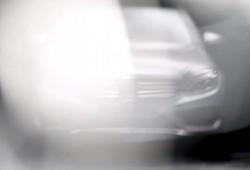 Mercedes muestra el primer teaser del nuevo Clase C