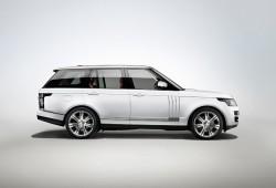 Range Rover L 2014, con batalla alargada y más espacio interior