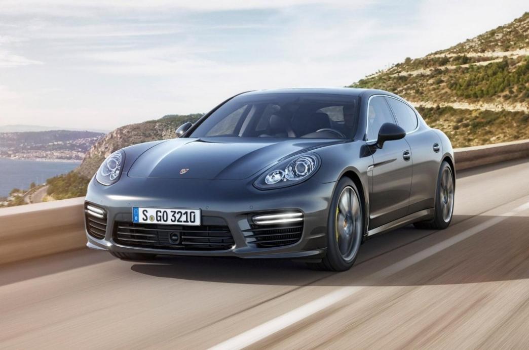 Porsche Panamera Turbo S 2014, con pequeños cambios y más potencia