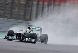 Rosberg repite bajo la lluvia de los libres 2