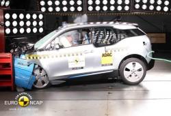 BMW i3, cuatro estrellas en los test EuroNCAP