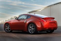 Un hombre vende un testículo para poder comprarse un Nissan 370Z