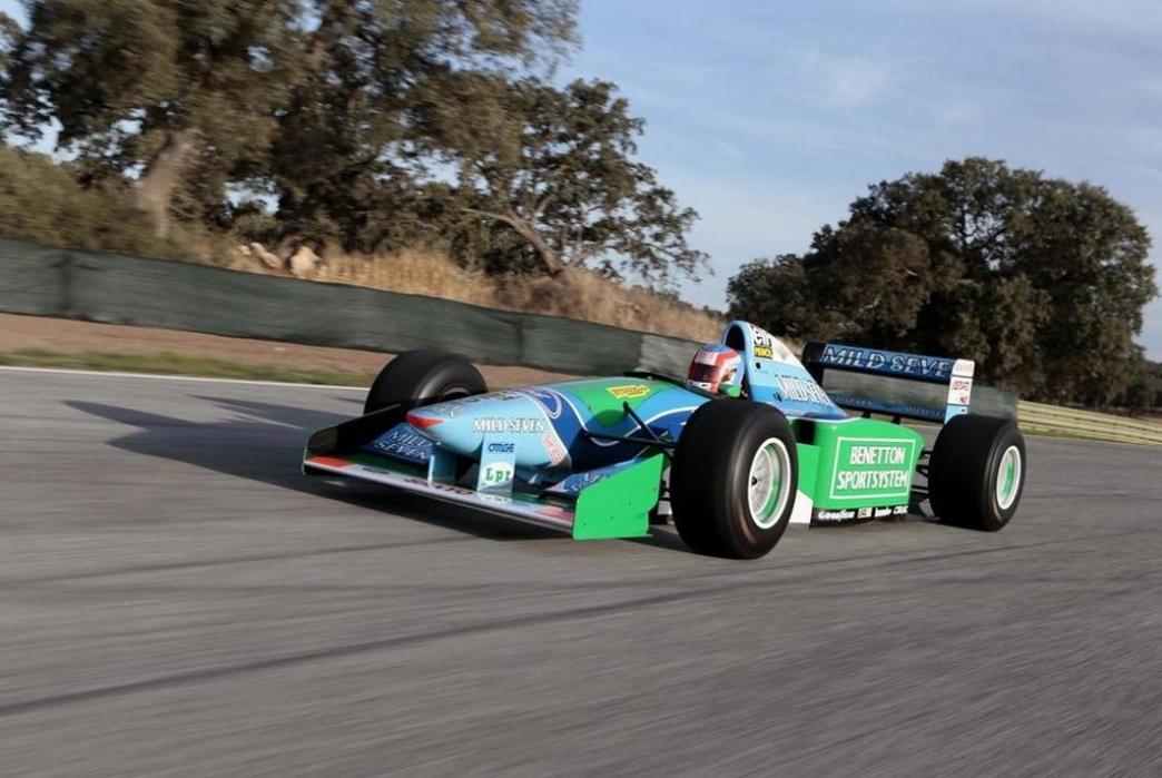 El Fórmula 1 con el que Schumacher ganó su primer Mundial, vendido por 740.000 euros