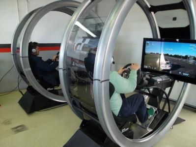 Gran Turismo 6: mitad realidad, mitad videojuego.