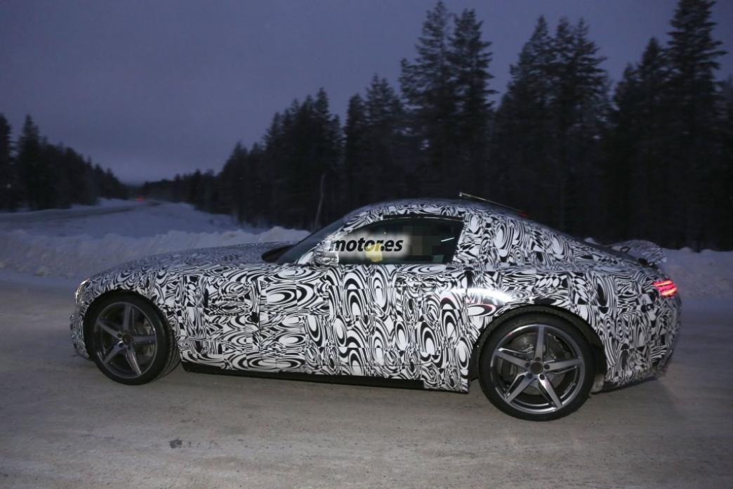Mercedes-Benz AMG GT, nuevas fotos espías