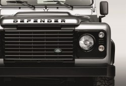 Land Rover Defender Black Pack y Silver Pack