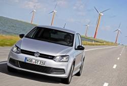 Reino Unido - Enero 2014: Dos modelos de Volkswagen en el Top 5 por primera vez