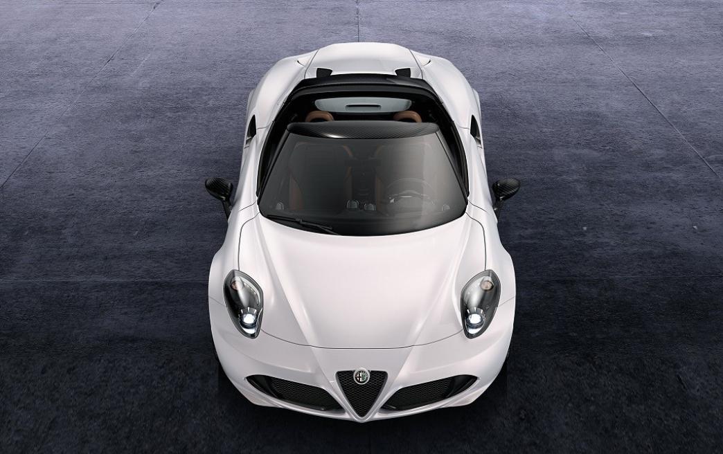 Alfa Romeo 4C Coupe optará por un segundo diseño de faros