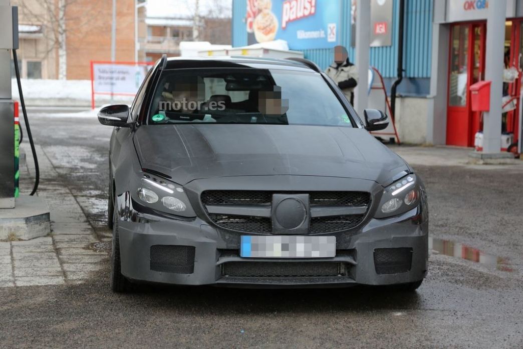 Mercedes C 63 AMG Estate 2015, primeras fotos espía