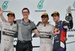 Hamilton se desquita con una victoria aplastante
