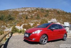 Un Peugeot 208 Cabriolet es tomado en consideración