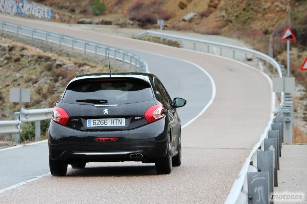 Peugeot 208 GTi, en marcha (III)