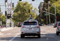 La conducción autónoma de Google se enfrenta al tráfico urbano en ciudad