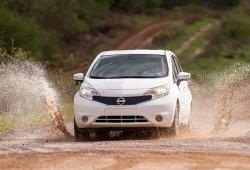Nissan crea el primer coche que se limpia solo