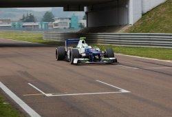 Simona de Silvestro realiza sus primeros test en Fórmula 1