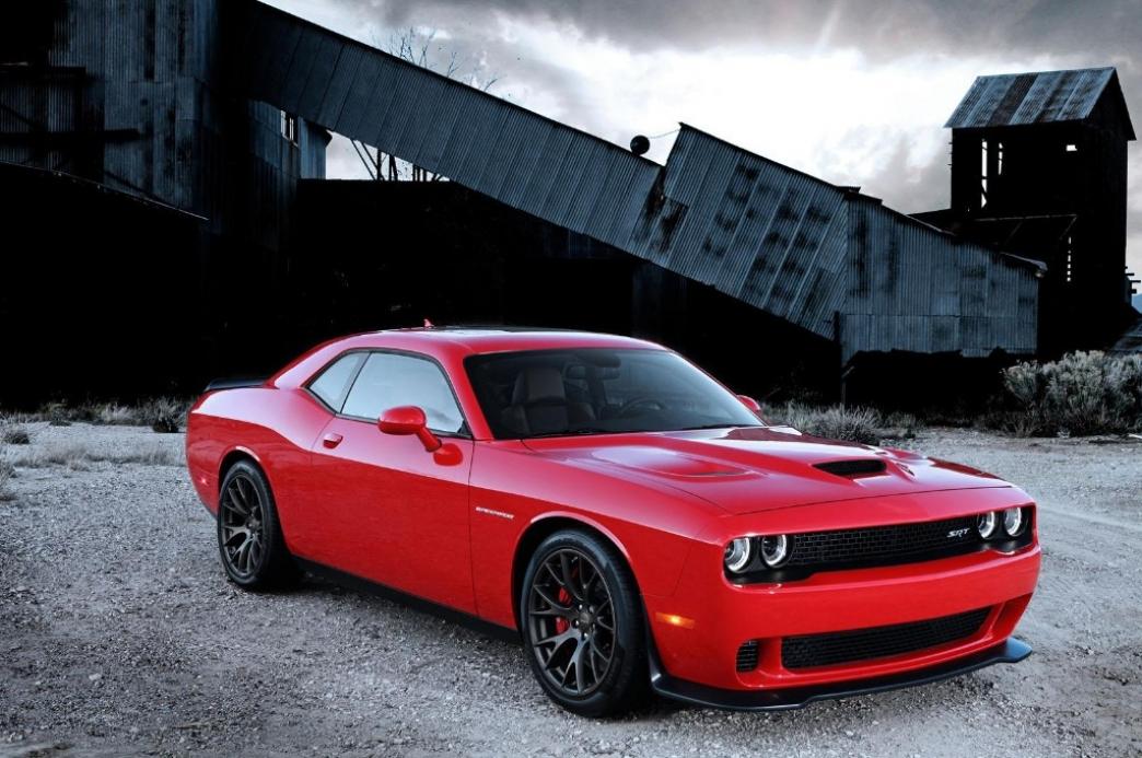 Dodge Challenger Srt 2015 Con Mas De 600 Cv En La Version Hellcat Motor Es