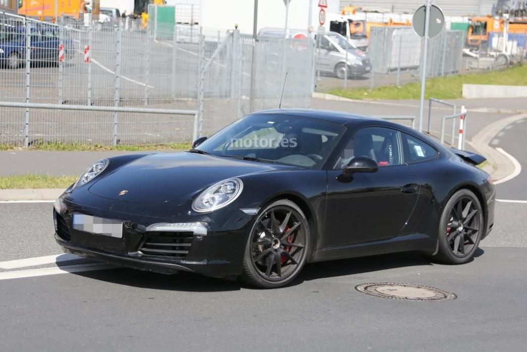 Porsche 911 GTS 2015, el restyling continúa de pruebas en Nurburgring