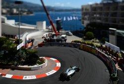 Rosberg marca la pole con una oportuna salida de pista