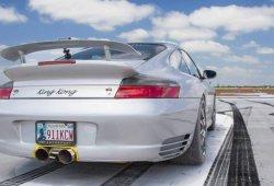 Perdiendo el control de un Porsche de 1.300 CV a casi 300 km/h