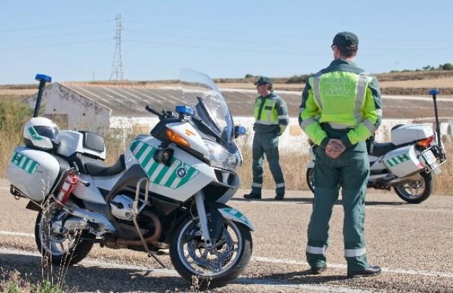 Ya no se incentivar a la guardia civil por poner multas - Guardia civil trafico zaragoza ...