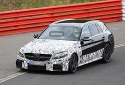 Nuevas fotos espía del Mercedes C 63 AMG Estate 2015