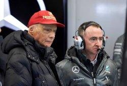 Lauda pide menos sanciones y más libertad en pista