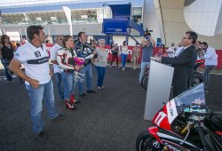Primera boda civil celebrada en el circuito de Jerez