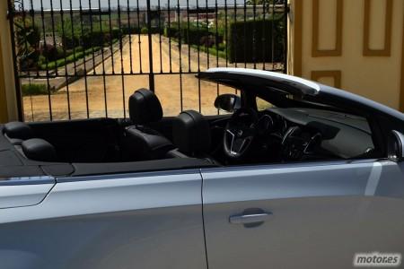 Opel Cabrio 1.6 170 CV Automático (II): Interior, habitabilidad, equipamiento de serie y precios