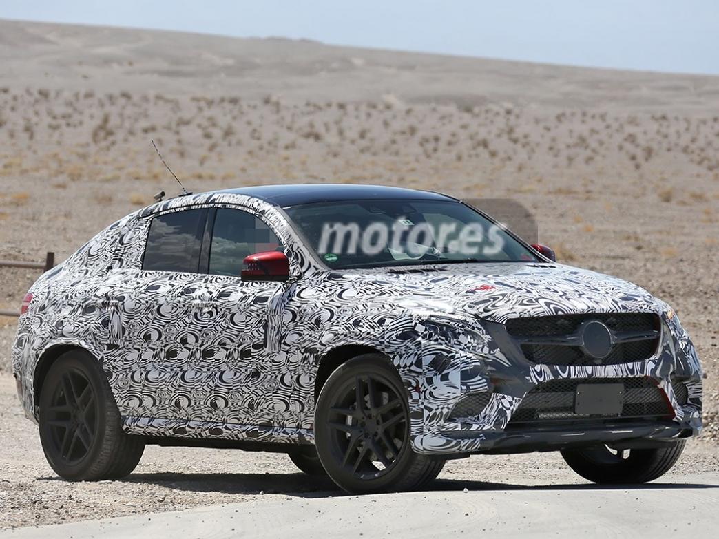 Nuevos detalles interiores del Mercedes MLC 2015
