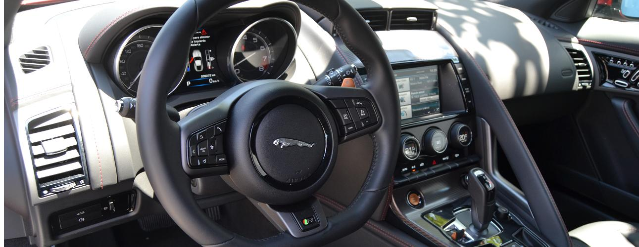 Prueba Jaguar F-Type R Coupé (II): interior