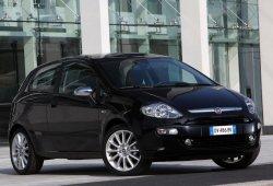 Italia - Julio 2014: Fiat Punto, Renault Clio y Dacia Duster, protagonistas del mes