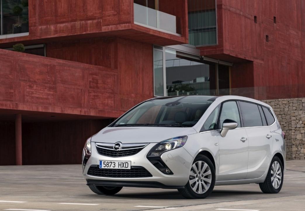 Opel lanza el Zafira Tourer con el motor 1.6 CDTi de 120 CV