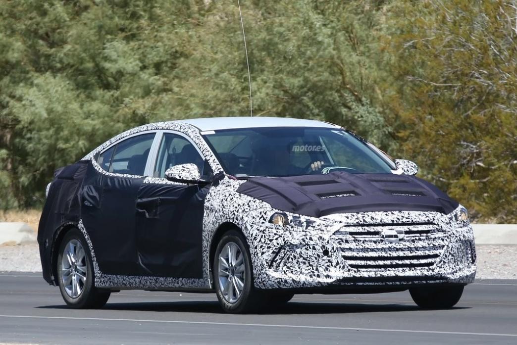 Hyundai Elantra 2015, la nueva generación del sedán compacto en pruebas