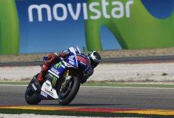 Lorenzo gana su primera carrera en Alcañiz. Márquez, Pedrosa y Rossi por los suelos